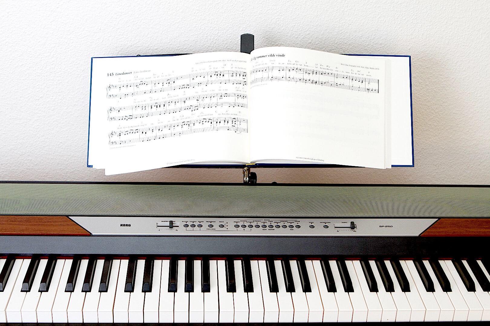 Klaverudtoget til højskolesangbogen